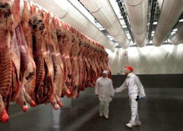 Як позбутися від запаху м'яса